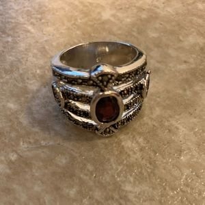 lia sophia ring. about a size 7.